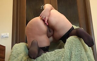 Beautiful chubby with a big ass faks anal with different sex toys and masturbate hairy pussy.