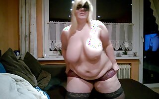 Big breast amateurs clip with me toying my hot beaver