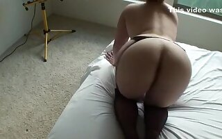 My huge-assed wife shows her body and shaved pussy