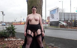 Chubby amateur flasher Alyss in public masturbation