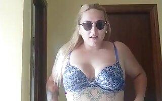 Masturbation outdoor Big breast blonde