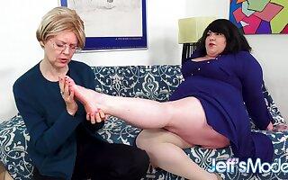 Beamy Lesbian Bella Bendz Gets Strapon Anal by British Granny Jamie Revive