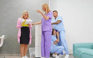 Nursing That Pussy